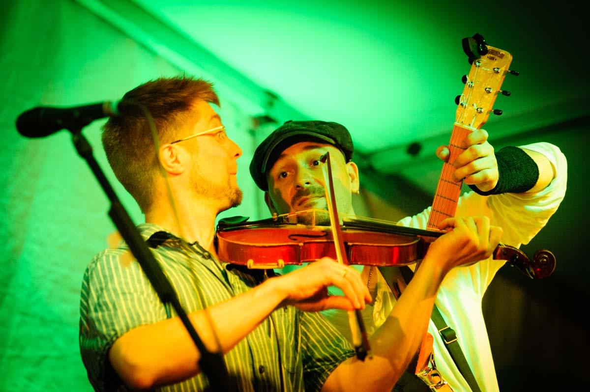 """10 Jahre Folk-Fest im Oranienburger """"Weidengarten"""""""