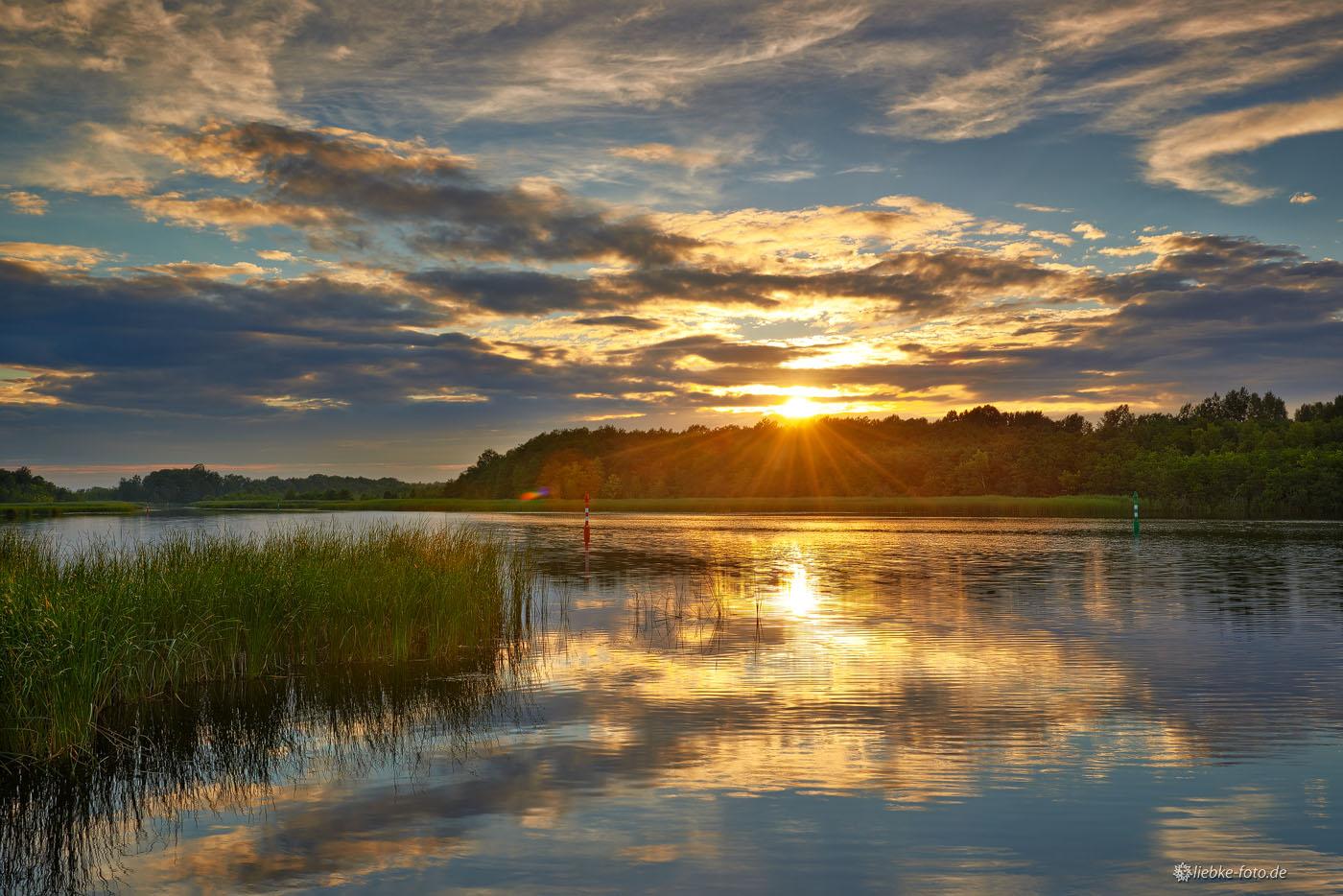 Abendliches Wolkenschauspiel am Kremmener See