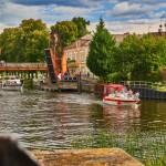 Klappbrücke und Havel