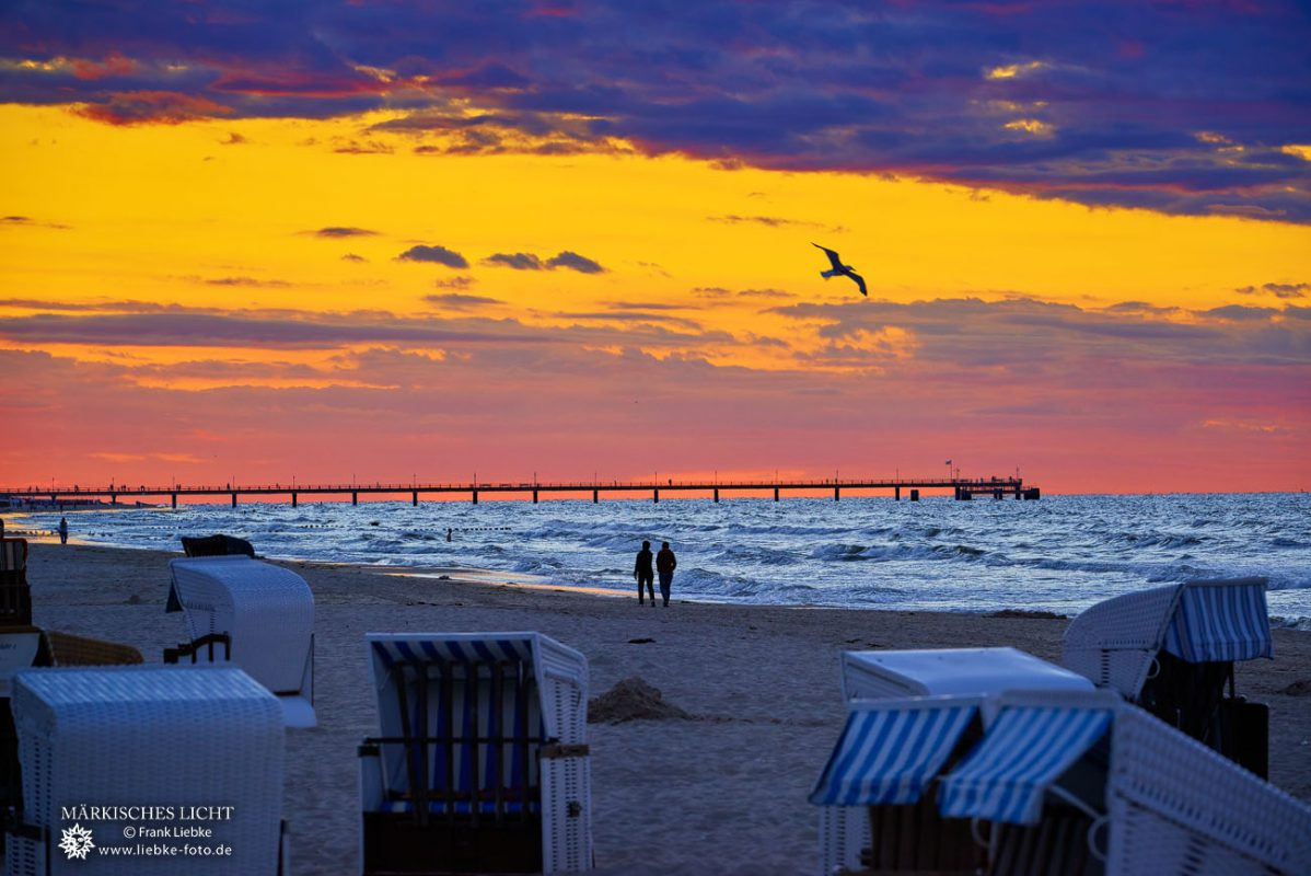 Zweisamkeit zum Sonnenuntergang, Traum....