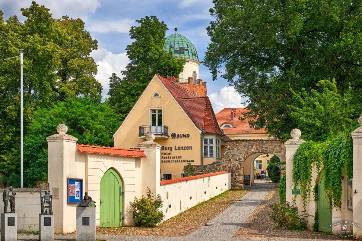 Eingangsbereich zur Burg Lenzen